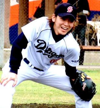 亀梨和也野球.jpg